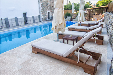 taleton-guest-house-sparta-pool-1